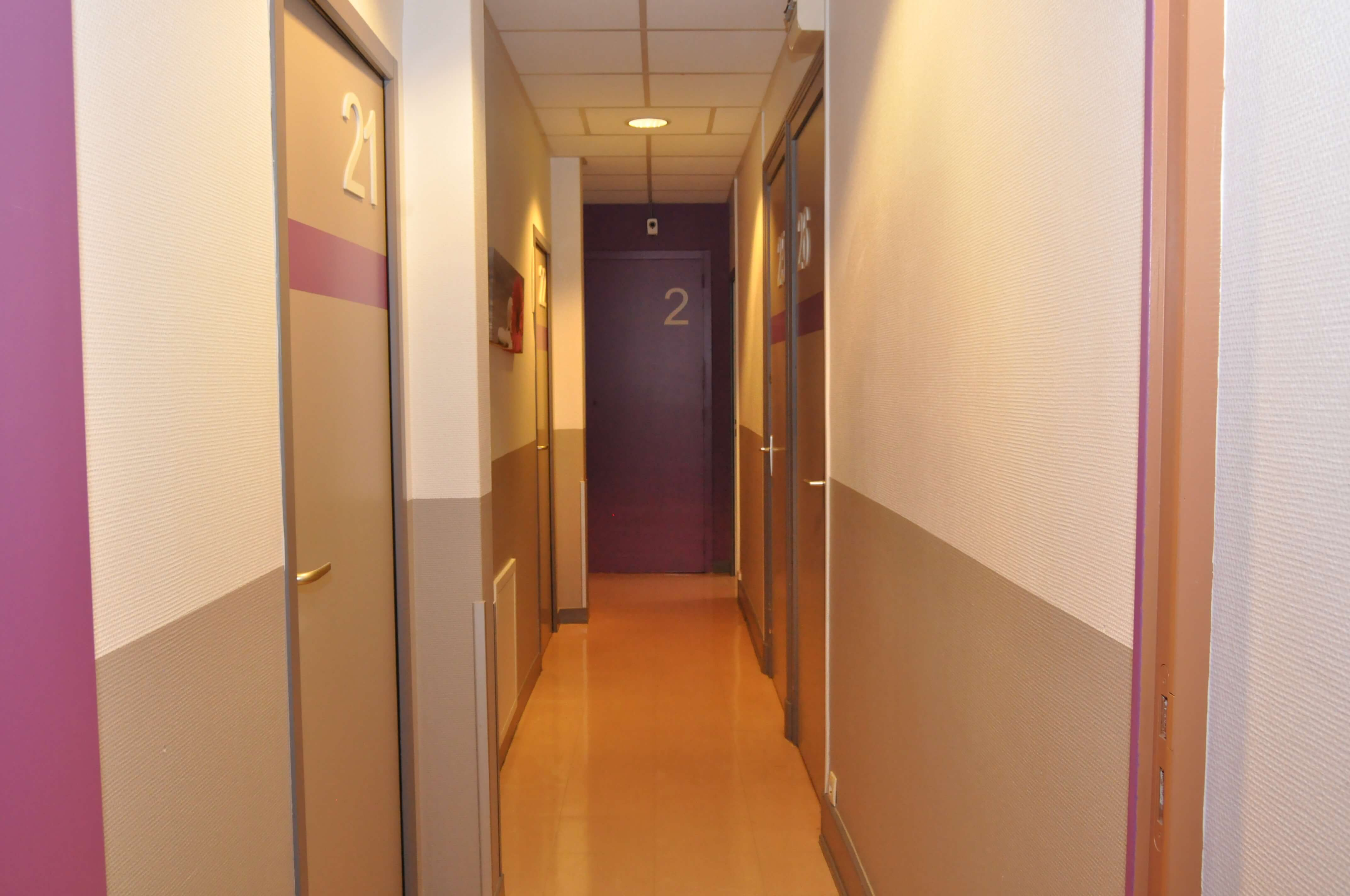 hotel-lux-couloir